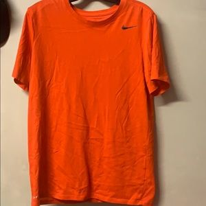 Mens Medium Nike Shirt